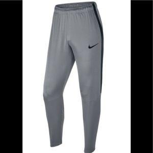 BNWT, Nike Epic Dry Performance Training Pant, Med